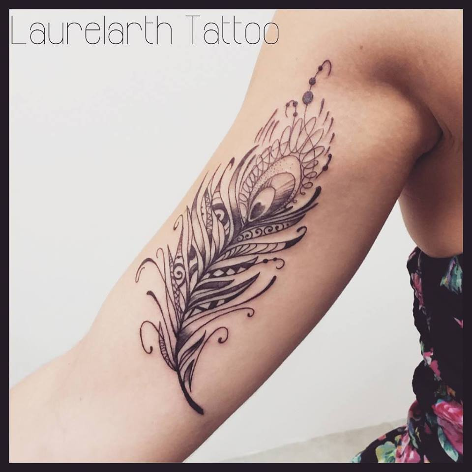 plume tatouage excellent plume tattoo tattoos tatouage tattooist ink instatattoo instagood with. Black Bedroom Furniture Sets. Home Design Ideas